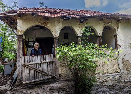 Mukotrpan život starijih u svrljiškim i merošinskim selima